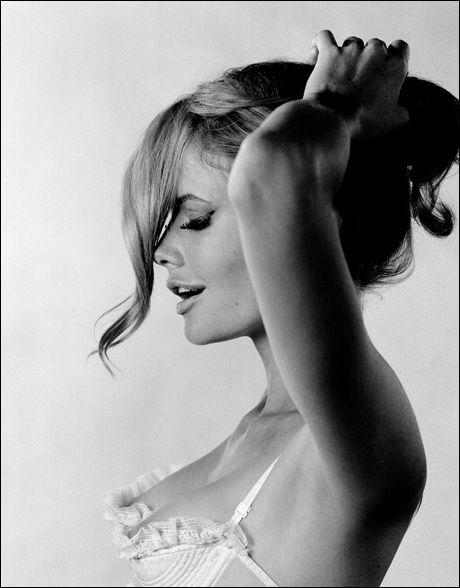 Sam Haskins - sophisticated flirty braidGirls, Lana Del Rey, Lingerie, Beautiful, Sam Haskins, Curls, Hair Makeup, Fashion Photography, Frou Frou