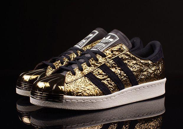 Adidas Shoes Gold Tip