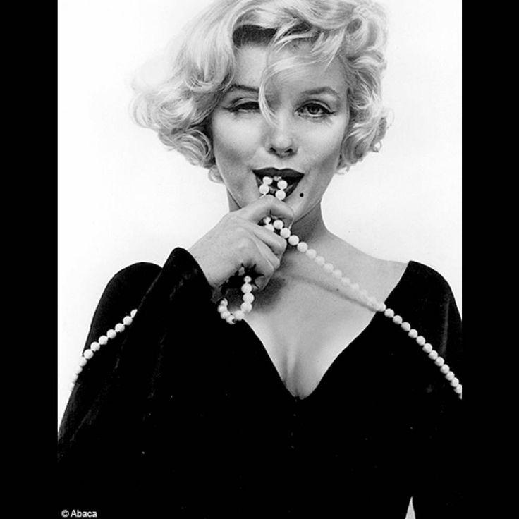 """Marilyn Monroe présente """"Certains l'aiment chaud"""", 1959"""