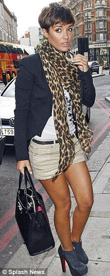 Frankie Sandford shows off her endlessly long bronzed legs on day out with boyfriend Wayne Bridge | Mail Online