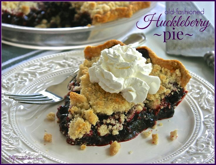 Old-fashioned Huckleberry Pie