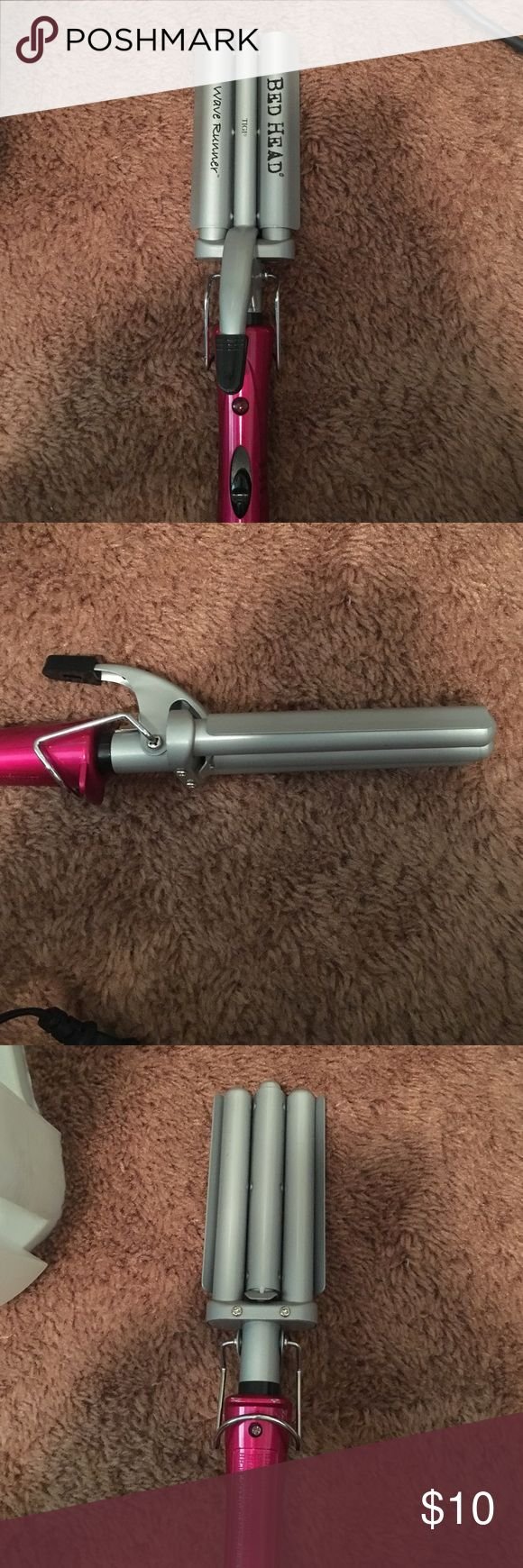 Bed head waver Never use this, I prefer my deep waver over this. Still in great condition! Make an offer! BedHead Other