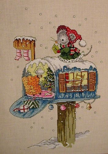 Cross Stitch Christmas Mouse Picture Too Cute | eBay
