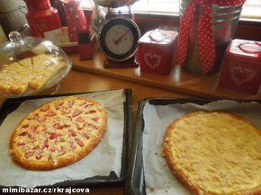 Výborné koláče bez kynutí..600g mouky polohrubé,3 žloutky,jedna kostka droždí...myslím,že je na kostce psáno 42g,200 ml oleje,1/4 l mléka,8 kostek cukru a trochu soli...