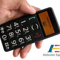 Tecnología y mucho más en el ultimo programa de Radio Alzheimer FAE: Los teléfonos móviles para personas mayores - Alicia en el país de las tecnol...