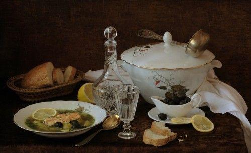Уха русская традиционная и рецепты ухи