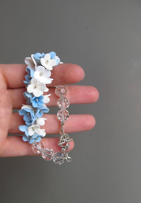 Charm blue bracelet with flowers. Floral bracelet. by ClayAndChic