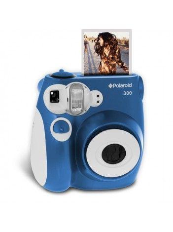 Camera Foto Instant Polaroid PIC 300 AlbastruPolaroid PIC300 va permite sa realizati fotografiile dorite de catre dumneavoastra în doar câteva minute. Este versiunea moderna a camerei clasice Polaroid Instant intotdeauna pregatita pentru orice eveniment, pentru nunta ta, aniversare, zi de nastere sau alt eveniment important.Camera imprima fotografii de marimea unei carti de vizita (46 cu 62mm), pe suport de hârtie de 54 cu 86mm. Poate fi folosita si in calatorii , astfel încât sa puteti…