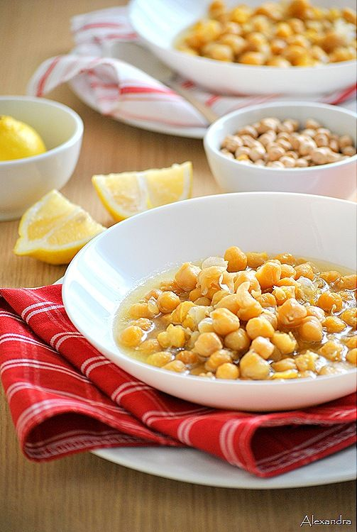 Chickpeas with lemon (in Greek, use the sidebar translator - just click on your flag)