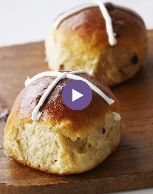 Anna Olson's Delicious Hot Cross Buns