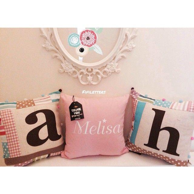 #fifiletters #pillows #yastik #yilbasi #hediye #harf #aydinlatma #lamba #kirmizi #dekorasyon #ev #decoration #tasarim #design #mavi #sarı #yesil #pembe #vintage #kisiyeozel #isim #ampul #siyah #beyaz #kar #kis #winter #snow #family #smile #wife #husbant #beyaz #kırlent