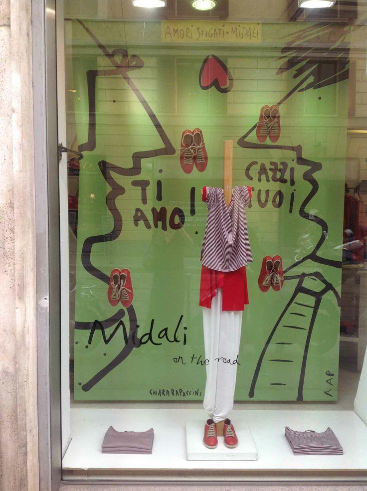 Rap a Milano per Martino Midali- vetrine