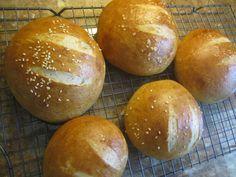 Home made (whole wheat) pretzel burger buns (or Kaiser buns)