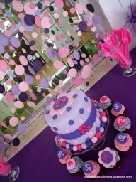Love the Polka Dot Paper Garland doc mcstuffins party theme