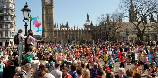 London Marathon -Race Day on Sunday 26 April. 2016 Come Run/watch Relax with us