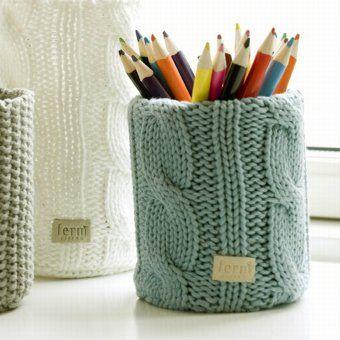 Vase Sweater U2013 Mit Innerer Glasvase. Mäntelchen Aus Grobstrick.
