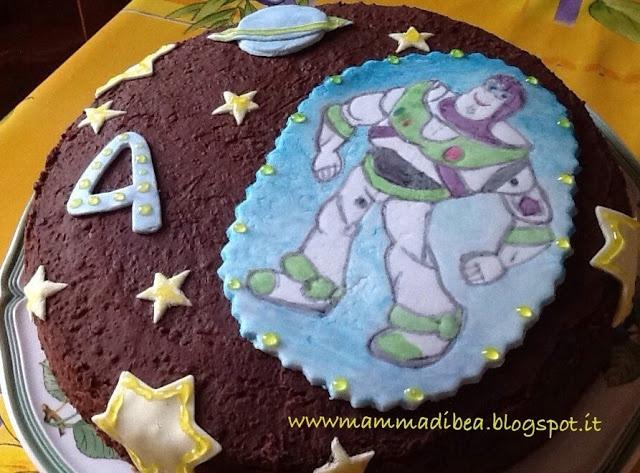 mamma di b.e.a.: torta Buzz Light Year, cialda in pz dipinta a mano