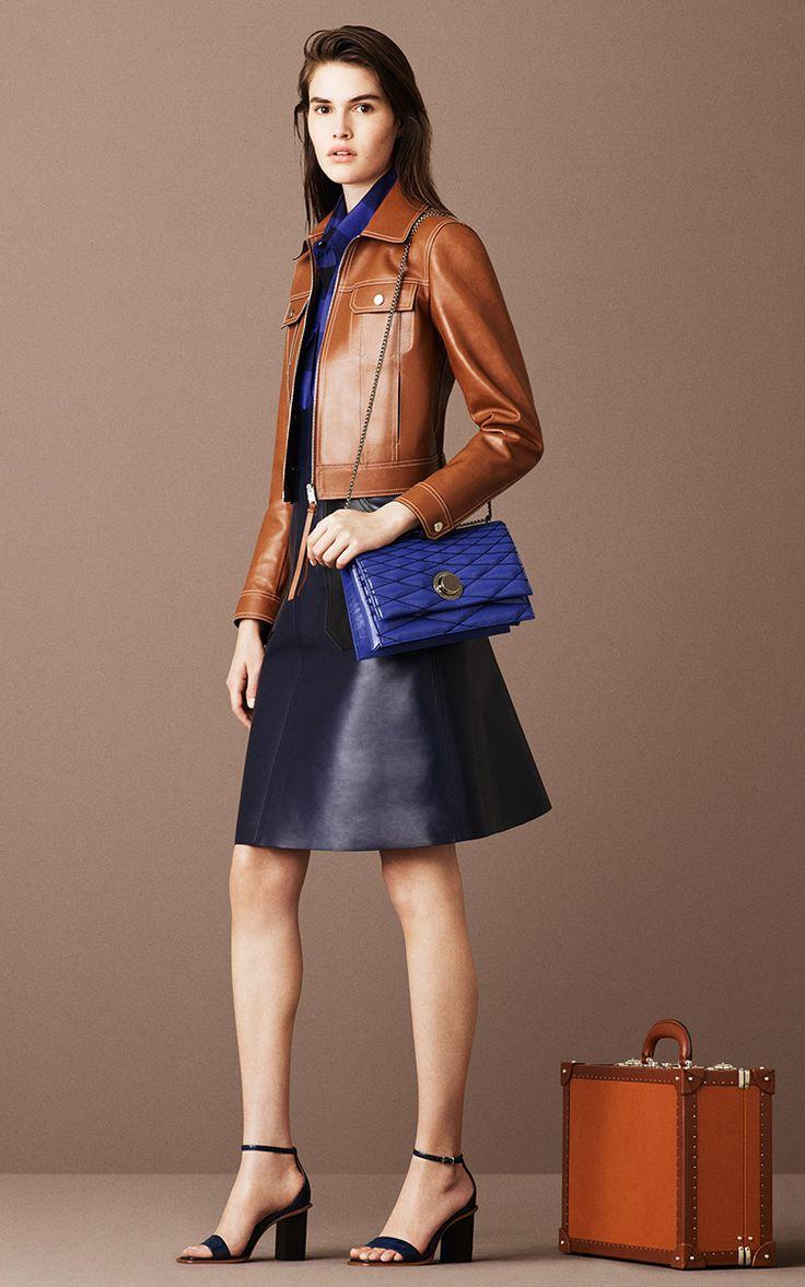参考にしたいカラーコーディネート。素敵な40代の着こなし術♡アラフォー 台形スカートコーデを集めました!