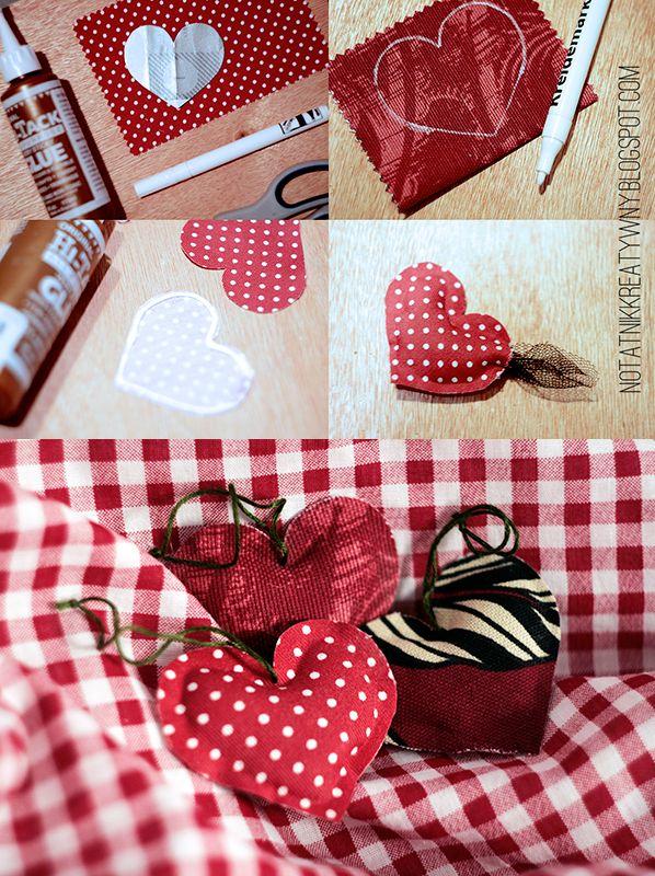 http://notatnikkreatywny.blogspot.com/ #diy #christmas #decoration #winter #deco #fabric #hearts #easy