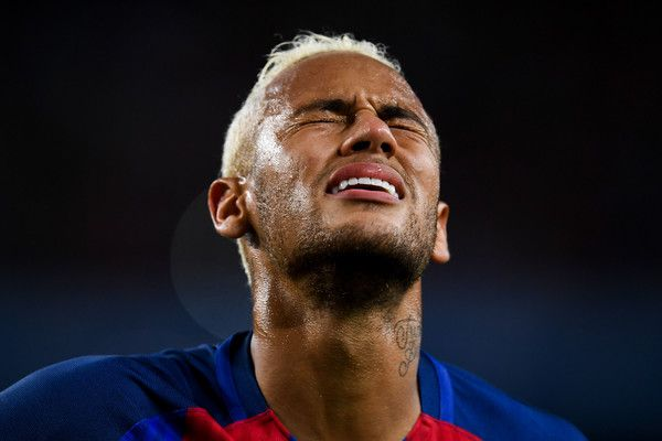 Neymar Jr. of FC Barcelona reacts during the La Liga match between FC Barcelona and Club Atletico de Madrid at the Camp Nou stadium on September 21, 2016 in Barcelona, Catalonia.