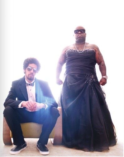 Gnarls Barkley thinks dressing like a woman is cool, because being a woman is great.