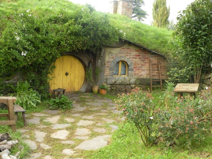 Hobbiton. Click to see more places to visit in New Zealand
