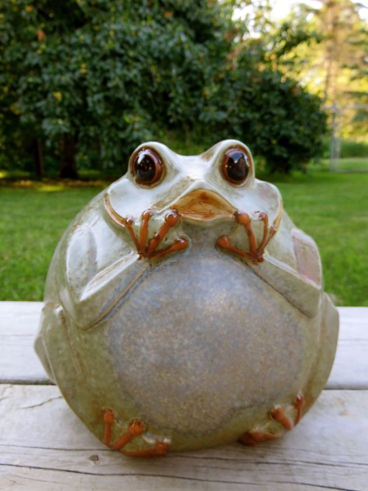 Frog Wall Plaque Metal Glass Gift Craft