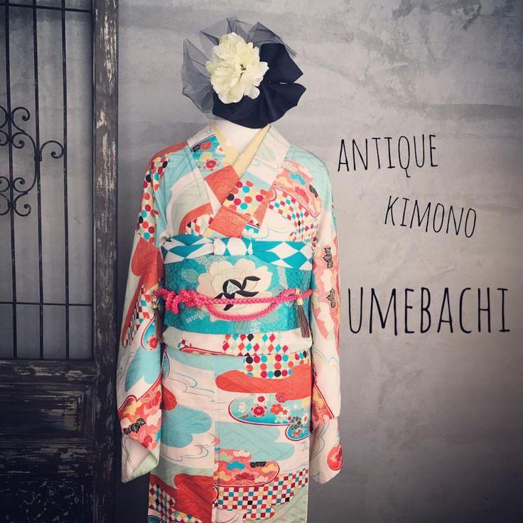・ ひときわPOPなアンティーク着物 ・ カジュアルにも、ちょっとしたパーティーなどにも着て行って欲しいコーディネートです ・ 着物…¥30.000 帯…¥30.000 ・ #着物コーディネート #着付け#大正ロマン#アンティークきもの梅鉢#アンティーク着物コーディネート #アンティーク着物レンタル#着付け教室姫路#antique#kimono#姫路#着物##姫路城##姫路城近く#コーディネート#おしゃれ#アンティーク着物#麻の葉紋様 #おしゃれな帯結び#散策#himeji#himejicastle#kimonoumebachi#rental#기모노 #기모노대여 #기모노대여히메지