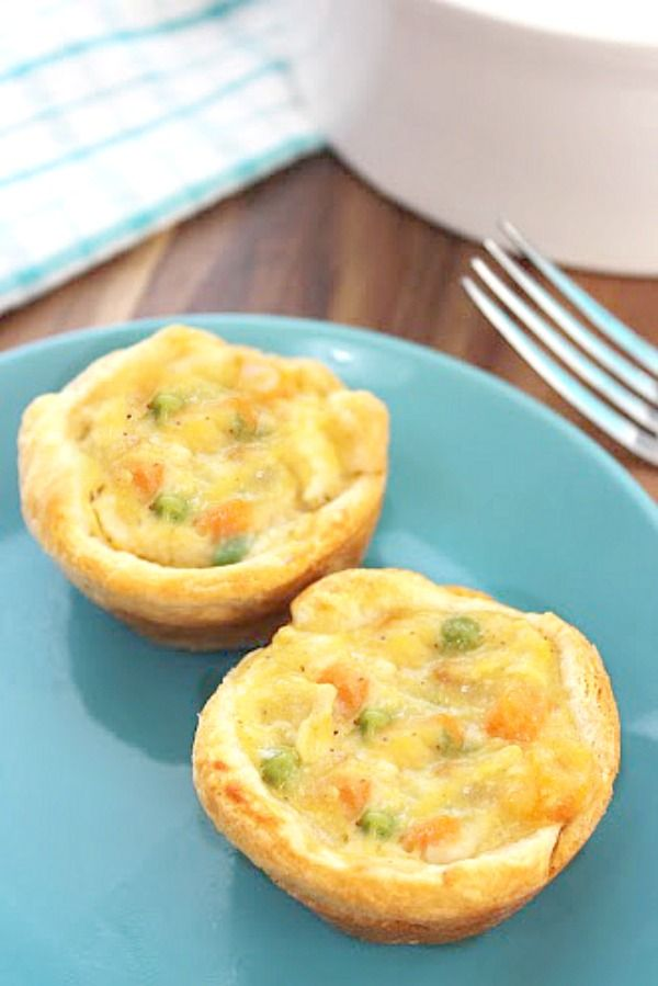 """Mini Chicken Pot Pies!! One pinner said """"I can't get my kids to eat pot pies but I tried this recipe and they loved them!! This was actually super easy to make, I'll be making it again soon!"""""""