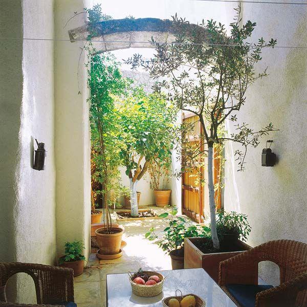 Spanish Style Courtyard