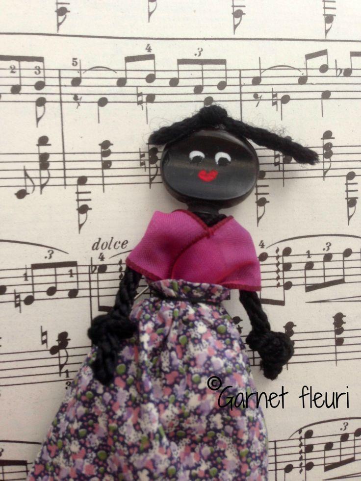Violin Peg Doll 'Charming Peggie' by Garnetfleuri on Etsy