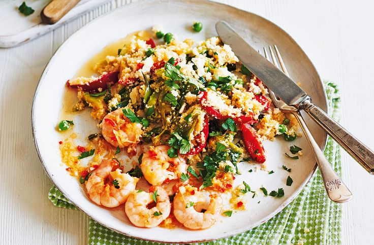 Garlic and chilli prawns with cauliflower rice | Tesco Real Food