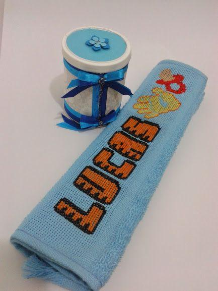 Bordado em toalhas de boca/mão com latinha decoradas