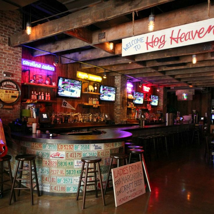 Miami's 7 sweetest dive bars