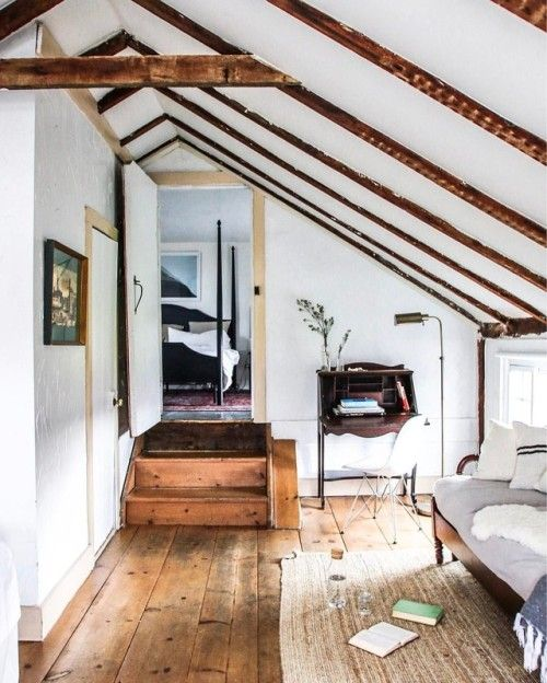 Farmhouse love. Nothing quite like a mid-week escape for a little R&R. At the beautiful Audrey's Farmhouse (a quaint bed and breakfast nestled inside a historic home, built in 1740). Swooning over every last detail. Just two hours north of NYC - pet friendly!