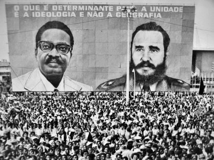This Day in History: Jan 10, 1989: Cuban troops begin withdrawal from Angola http://dingeengoete.blogspot.com/ http://openanthropology.files.wordpress.com/2012/08/fidelangola.jpg%3Fw%3D594