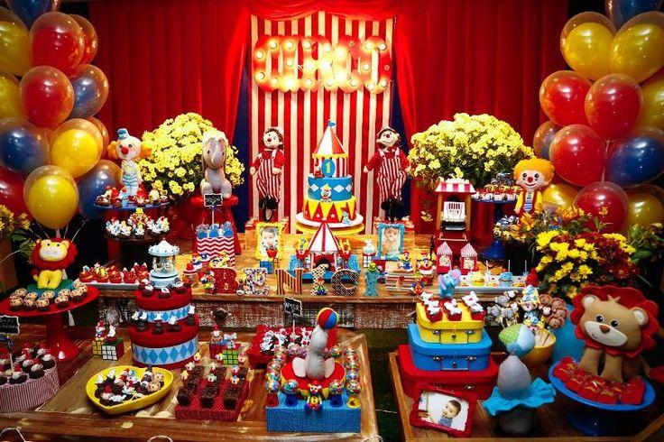 Festa Circo - Letreiro iluminado