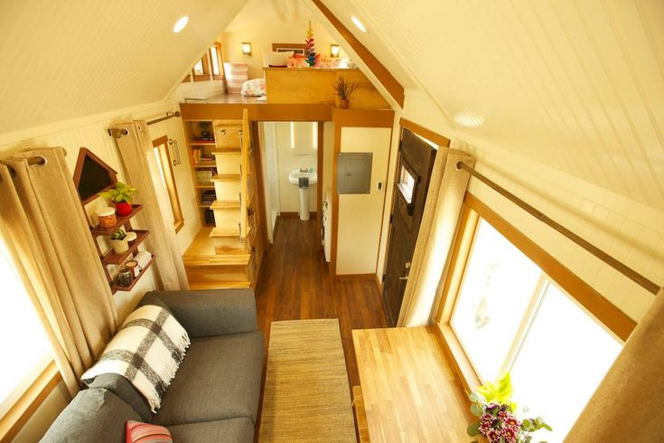 Custom Craftsman Built on Tiny House Nation – Tiny House Swoon