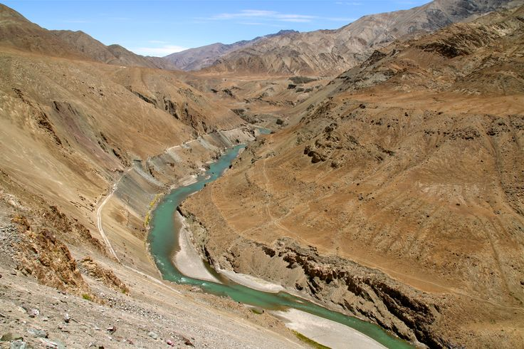 Indus valley on the way to Nimmu, Ladakh