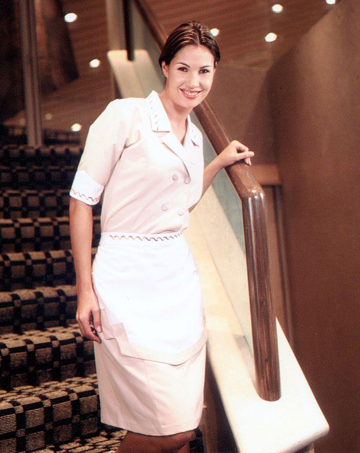 les 121 meilleures images du tableau housekeeping sur pinterest uniforme de soubrette femme. Black Bedroom Furniture Sets. Home Design Ideas