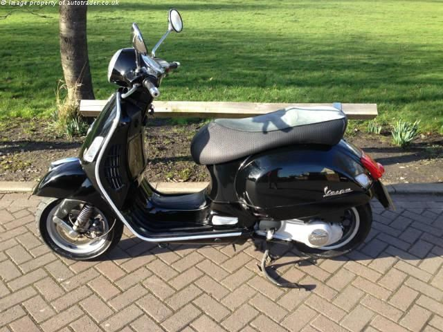 VESPA GTS 250 cc 250ie - http://motorcyclesforsalex.com/vespa-gts-250-cc-250ie/