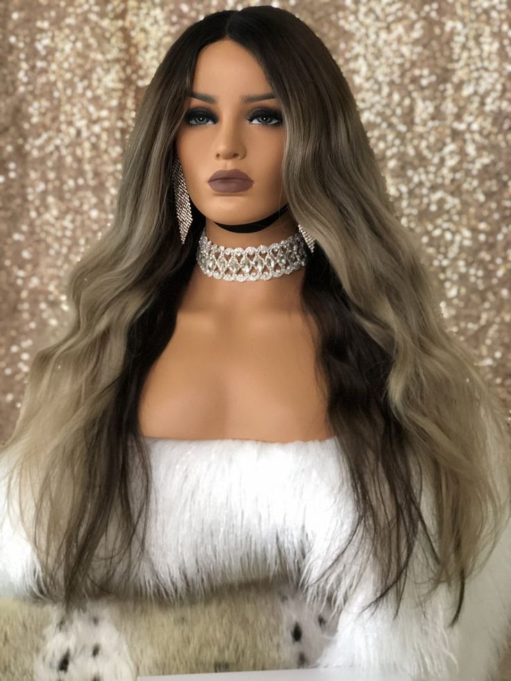 Look and feel Glam in this blonde bombshell full lace wig! Ethically sourced Luxe wig! 100% human hair wigs! #wigs #blondehair #Balayage #boujeeboo's