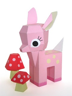 Amazing pink deer. Free pdf tutorial from Fantastic Toys.