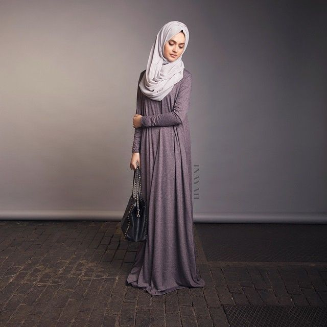 INAYAH | Mink Flare Abaya + Light Feather Grey Georgette Hijab |