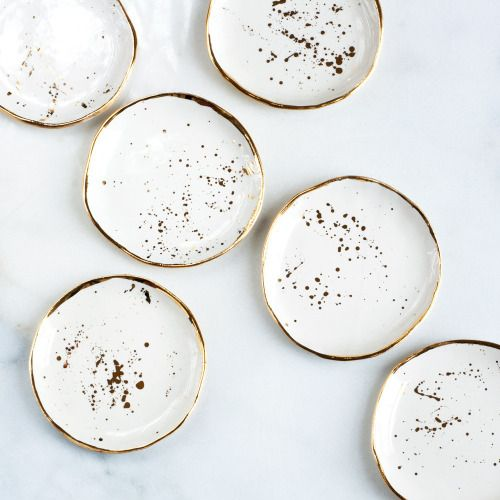 chanelbagsandcigarettedrags: Gold Speckled Plates