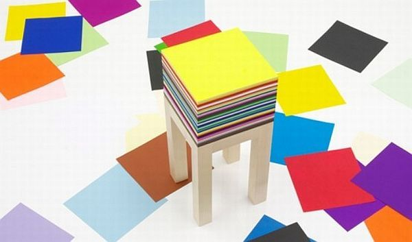 functional-maple-table-with-1800-sheets-of-paper