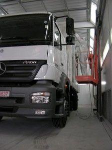 Instalatie de vopsit profesionala auto tip airless USI Italy: vopsitorie auto profesionala- Cargo 80 – lungime 16m