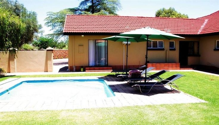Fancy Yellow Guest House - Fancy Yellow Guest House is located in Kimberley, the capital of the Northern Cape Province. Kimberley is fondly known as the Diamond City, and has the Big Hole as the main attraction to tourists. At Fancy ... #weekendgetaways #kimberley #diamondfields #southafrica