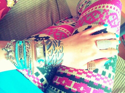 My jewellery love it ♡ azteck leggins pink -♡   http://instagram.com/dooodzik/