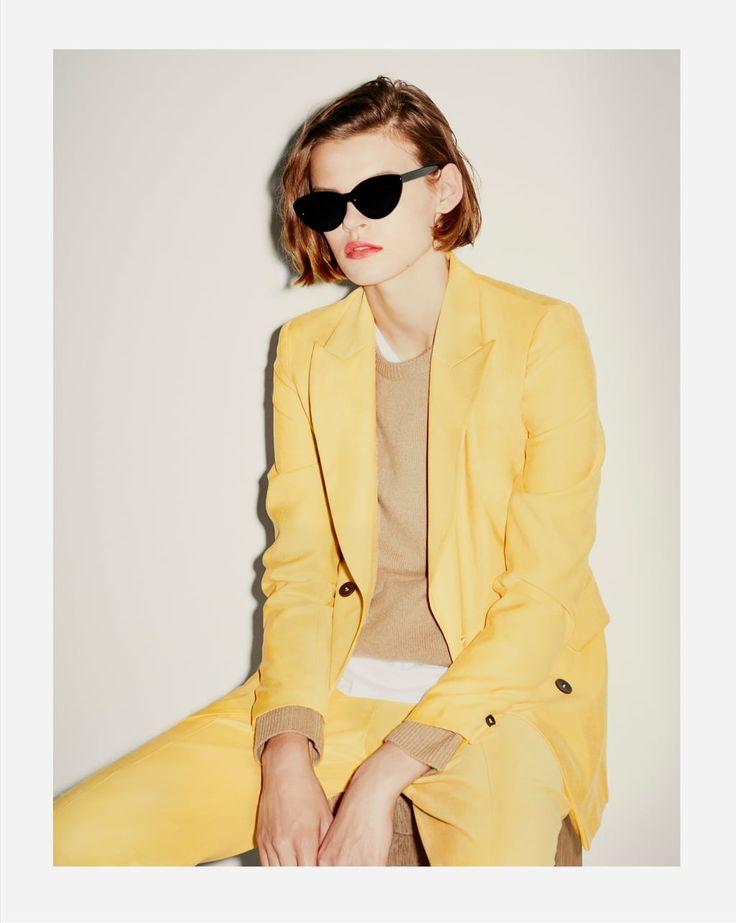 https://www.zara.com/ca/en/casual-suit-trousers-pC79012223001.html?v1=5045537